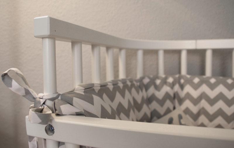 babybettchen aus echtholz von dormando gesund und nat rlich schlafen. Black Bedroom Furniture Sets. Home Design Ideas